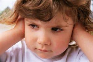Dolor de Oídos niños avión